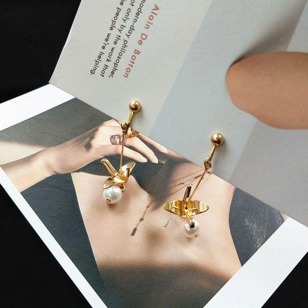 Crane Pearl Earrings