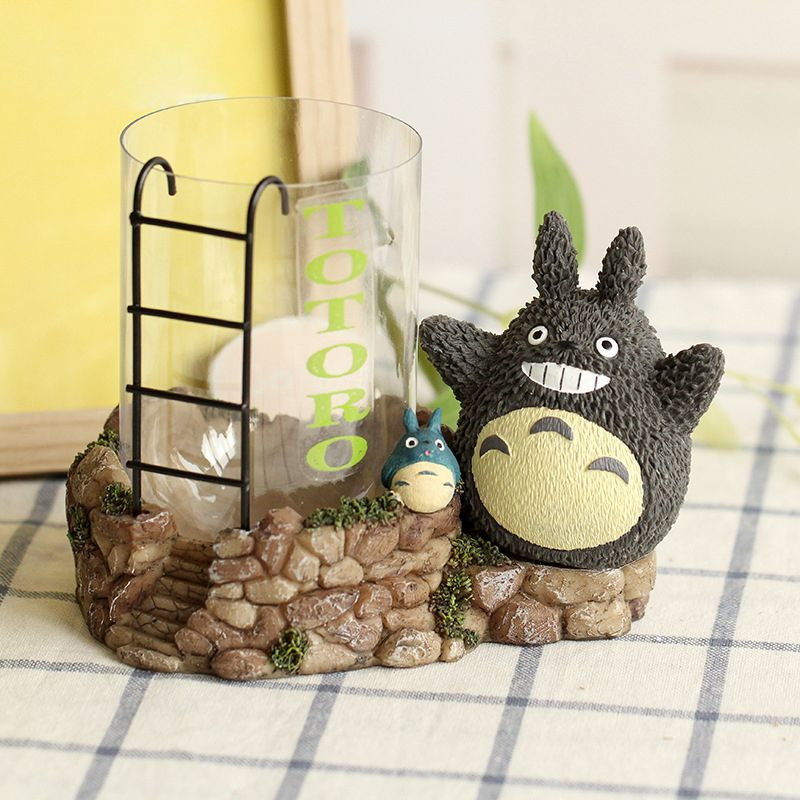 Totoro Fish Tank