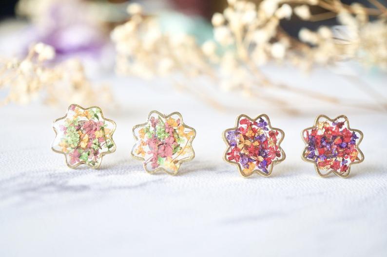 Dried Floral Resin Earrings Dangle Earrings Gifts for Her Handmade Earrings Floral Earrings Nickel Free Earrings