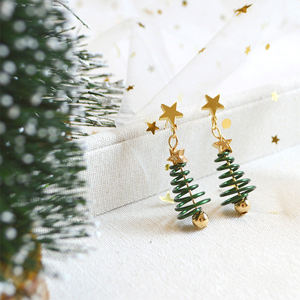 Christmas Tree Star Earrings From Apollo Box
