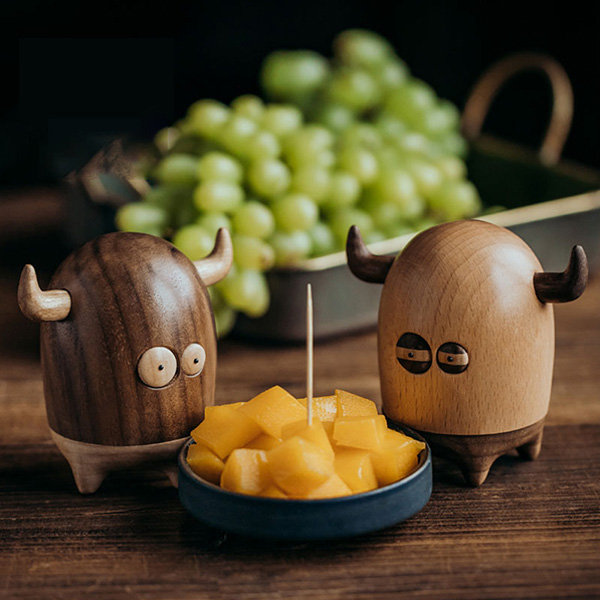 Adorable Wooden Toothpick Holder