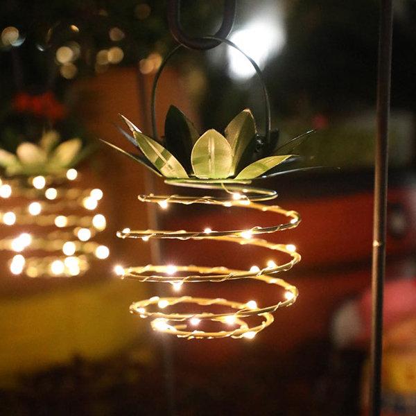 Solar Pineapple Garden Lamp