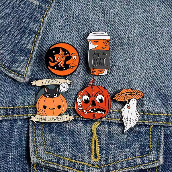 Creative Halloween Cartoon Pumpkin Brooch