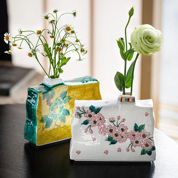 日式手绘樱花花瓶
